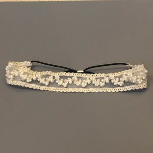 Lace and pearl stretch headband